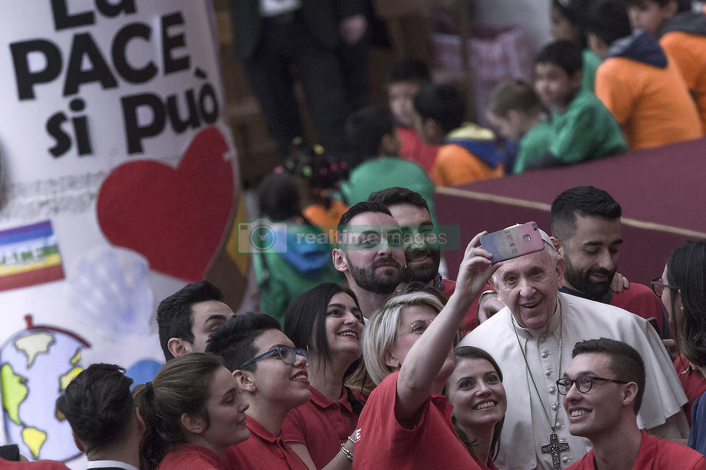 Vatican, Rome - December 16, 2018.Pope Francis during an audience for children and families of the Santa Marta dispensary on December 16, 2018 at the Vatican (Credit Image: © Maria Grazia Picciarella/Ropi via ZUMA Press)