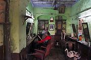 Barbers shop, Taltala district, Calcutta (Kolkata)