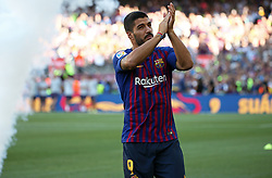 August 15, 2018 - Barcelona, Spain - Luis Suarez during the presentation of the team 2018-19 before the match between FC Barcelona and C.A. Boca Juniors, corresponding to the Joan Gamper trophy, played at the Camp Nou, on 15th August, 2018, in Barcelona, Spain. (Credit Image: © Joan Valls/NurPhoto via ZUMA Press)