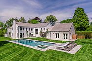 Modern Home, Mecox Ln, Water Mill, NY