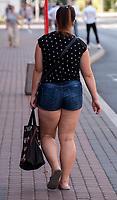 Zdjecie ilustracyjne N/z dziewczyna z nadwaga na ulicy fot Michal Kosc / AGENCJA WSCHOD
