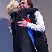 NLD/Haarlem/20171230 - Uitreiking Mary Dresselhuysprijs 2017 aan Steef de Jong door Petra Laseur
