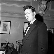 24/01/1962.01/24/1962.24 January 1962. the Irish Times Inter-University Debating Competition held at Trinity College Dublin and won by Queens University Belfast..Mr. John Murtagh, a member of the Queens University winning team.