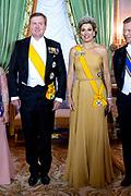 Staatsbezoek aan Luxemburg dag 1 / State visit to Luxembourg day 1<br /> <br /> Op de foto / On the photo: Fotomoment in de Salon des Rois. met Koning Willem Alexander en koningin Maxima / Photo with King Willem Alexander and Queen Maxima  in the Salon des Rois.