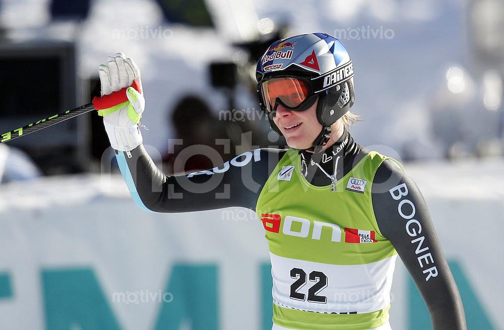 SKI ALPIN Weltcup Saison 2006/2007 Damen Abfahrt in Altenmarkt/Zauchensee Maria Riesch (GER) zufrieden im Ziel