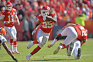 KANSAS CITY, MO - OCTOBER 27:  Running back Jamaal Charles #25 of the Kansas City Chiefs rushes up field against the Cleveland Browns during the first half on October 27, 2013 at Arrowhead Stadium in Kansas City, Missouri.  (Photo by Peter Aiken/Getty Images) *** Local Caption *** Jamaal Charles