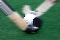 ZEIST - (Illustratie). Competitie, duel om de bal. stick met bal FOTO KOEN SUYK