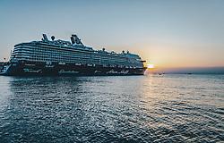 """THEMENBILD - das Kreuzfahrtschiff """"Mein Schiff 6"""" der Reederei TUI Cruises, das größte Passagierschiff der Tui Flotte, bei Sonenuntergang im Hafen der Stadt Triest, aufgenommen am 11. August 2019 in Triest, Italien // the cruise ship """"Mein Schiff 6"""" of the shipping company TUI Cruises, the largest passenger ship of the Tui fleet, at sunset in the port of Trieste, in Trieste, Italy on 2019/08/11. EXPA Pictures © 2019, PhotoCredit: EXPA/Stefanie Oberhauser"""
