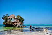 Tanzanie, archipel de Zanzibar, île de Unguja (Zanzibar), plage de Pingwe, Rock restaurant // Tanzania, Zanzibar island, Unguja, Pingwe beach, Rock restaurant