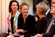 Uitreiking Prins Claus Prijs 2013 in het Koninklijk Paleis Amsterdam Het fonds richt zich op personen en organisaties die met hun culturele en creatieve initiatieven en prestaties een positieve invloed hebben op de ontwikkeling van de maatschappij.<br /> <br /> Presentation of the Prince Claus Award in 2013 at the Royal Palace in Amsterdam, the fund focuses on individuals and organizations with their cultural and creative initiatives and performance have a positive influence on the development of society.<br /> <br /> Op de foto / On the photoi:   Prinses Mabel en Prinses Laurentien tijdens de uitreiking Prins Claus Prijs 2013 / Princess Mabel and Princess Laurentien at the ceremony Prince Claus Award 2013