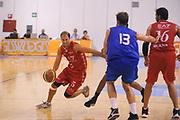 DESCRIZIONE : Borgosesia Torneo di Varallo Lega A 2011-12 EA7 Emporio Armani Milano Novipiu Casale Monferrato<br /> GIOCATORE : Jacopo Giachetti<br /> CATEGORIA :  Palleggio<br /> SQUADRA : EA7 Emporio Armani Milano<br /> EVENTO : Campionato Lega A 2011-2012<br /> GARA : EA7 Emporio Armani Milano Novipiu Casale Monferrato<br /> DATA : 10/09/2011<br /> SPORT : Pallacanestro<br /> AUTORE : Agenzia Ciamillo-Castoria/A.Dealberto<br /> Galleria : Lega Basket A 2011-2012<br /> Fotonotizia : Borgosesia Torneo di Varallo Lega A 2011-12 EA7 Emporio Armani Milano Novipiu Casale Monferrato<br /> Predefinita :