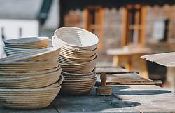 THEMENBILD - Gärkörbe auf einem Holzbrett, aufgenommen am 10. April 2020 in Kaprun, Oesterreich // Fermentation baskets on a wooden board, in Kaprun, Austria on 2020/04/10. EXPA Pictures © 2020, PhotoCredit: EXPA/Stefanie Oberhauser