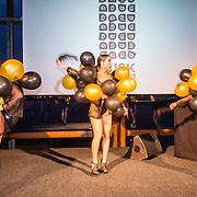 NLD/Amsterdam/20160601 - Uitreiking Porna Awards 2016, pikante ballonnenmeisjes
