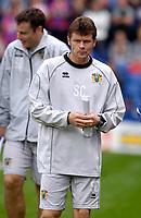Photo: Daniel Hambury.<br />Crystal Palace v Burnley. Coca Cola Championship. 26/08/2006.<br />Burnley's manager Steve Cotterill.