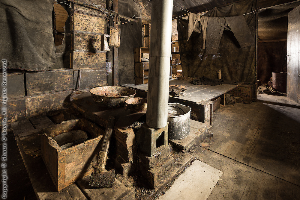 Cooking area of Discovery Hut with improvised blubber stove