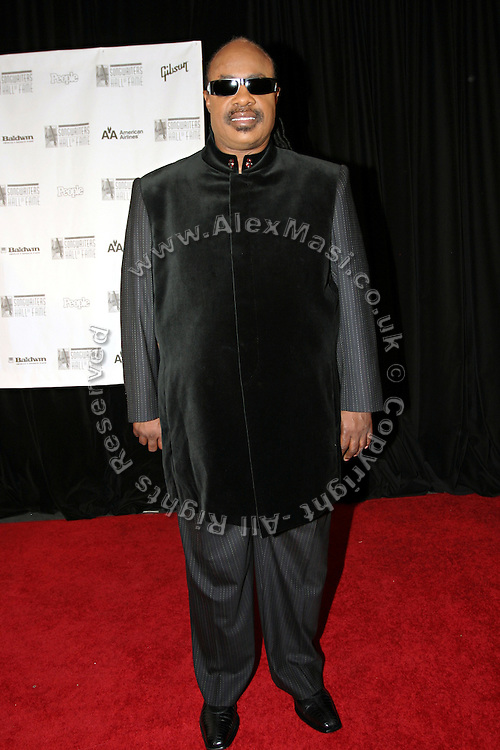 Stevie Woder posing before entering the 37th Annual Songwriters Hall of Fame Induction Ceremony at the Marriott Marquis Hotel in New York, USA, on Thursday, June 15, 2006. **ITALY OUT**