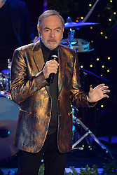 November 30, 2016 - New York, NY, USA - November 30, 2016  New York City..Neil Diamond performing at The Rockefeller Center Christmas Tree lighting ceremony on November 30, 2016 in New York City. (Credit Image: © Callahan/Ace Pictures via ZUMA Press)