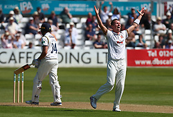 May 4, 2018 - Chelmsford, Greater London, United Kingdom - Essex's Peter Siddle celebrates LBW on Yorkshire's Jack Leaning .during Specsavers County Championship - Division One, day one match between Essex CCC and Yorkshire CCC at The Cloudfm County Ground, Chelmsford, England on 04 May 2018. (Credit Image: © Kieran Galvin/NurPhoto via ZUMA Press)