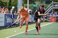 AMSTELVEEN - Joep de Mol (Ned) met Florian Fuchs (Dui)  EK hockey, finale Nederland-Duitsland 2-2. mannen.  Nederland wint de shoot outs en is Europees Kampioen.  COPYRIGHT KOEN SUYK