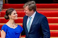Willem-Alexander en kroon prinses Victoria uit zweden  is woensdagochtend 26 april aanwezig bij de v