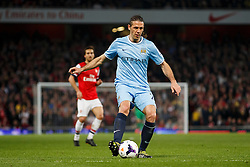 Man City Defender Martin Demichelis (ARG) in action - Photo mandatory by-line: Rogan Thomson/JMP - 07966 386802 - 29/03/14 - SPORT - FOOTBALL - Emirates Stadium, London - Arsenal v Manchester City - Barclays Premier League.