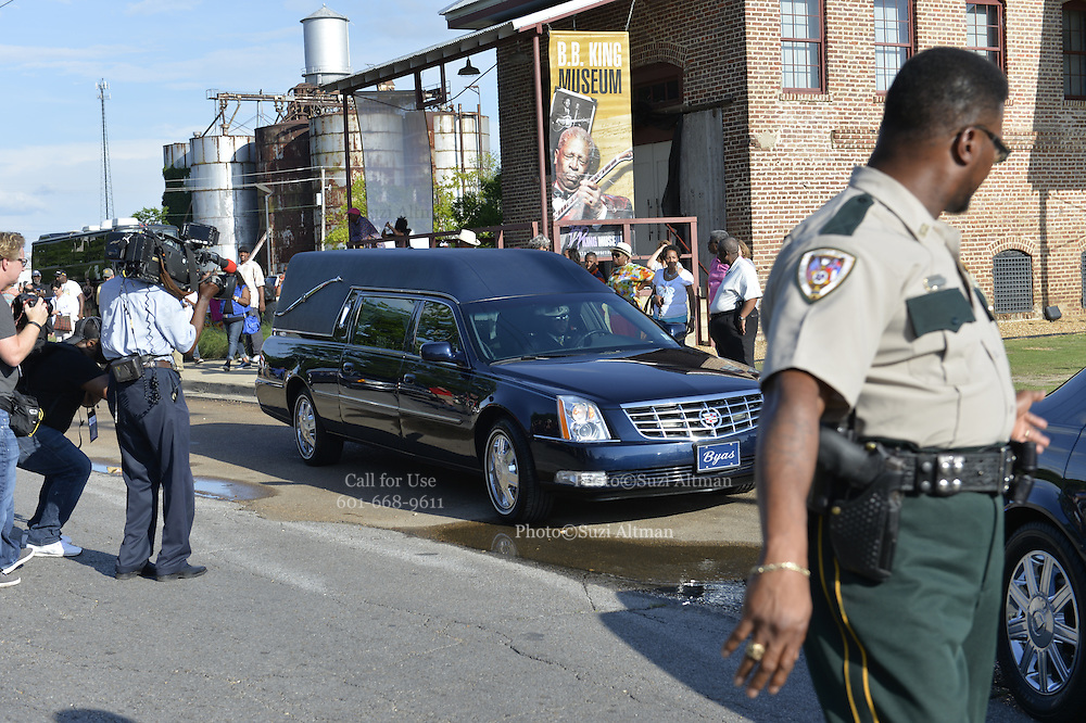 5/29/15 Indianola MS  The Thrill is gone, B. B. King final home coming, his body is on public view before the burial. The body of blues legend B.B. King is on public view in the cotton gin at the B.B. King Museum and Interpretive Center. Mr. King will be laid to rest at the BB King Museum after a funeral Saturday at the Bell Grove Missionary Church in Indianola. BB King is carried out of the cotton gin after his public viewing. Photo ©Suzi Altman