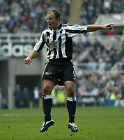 Photo. Andrew Unwin, Digitalsport<br /> Newcastle United v Aston Villa, Barclays Premiership, St James' Park, Newcastle upon Tyne 02/04/2005.<br /> Newcastle's Alan Shearer.
