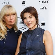 NLD/Staverden/20121004- Fotomodel Doutzen Kroes opent de 1e G-Star Women Store in Amsterdam, Kim van Kooten