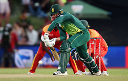 Cape Town-181006-South African betsman Aiden Makram batting against Zimbabwean  in the 3rd ODI match at Boland Park cricket stadium. .Photographer:Phando Jikelo/African News Agency(ANA)