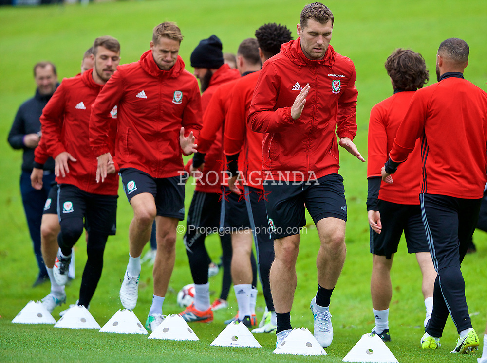 CARDIFF, WALES - Thursday, June 8, 2017: Wales' Sam Vokes during a training session at the Vale Resort ahead of the 2018 FIFA World Cup Qualifying Group D match against Serbia. (Pic by David Rawcliffe/Propaganda)
