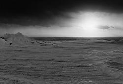 Storm and surf at sunset in Grimsey, north of Iceland - Stormur og öldur við sólsetur í Grímsey