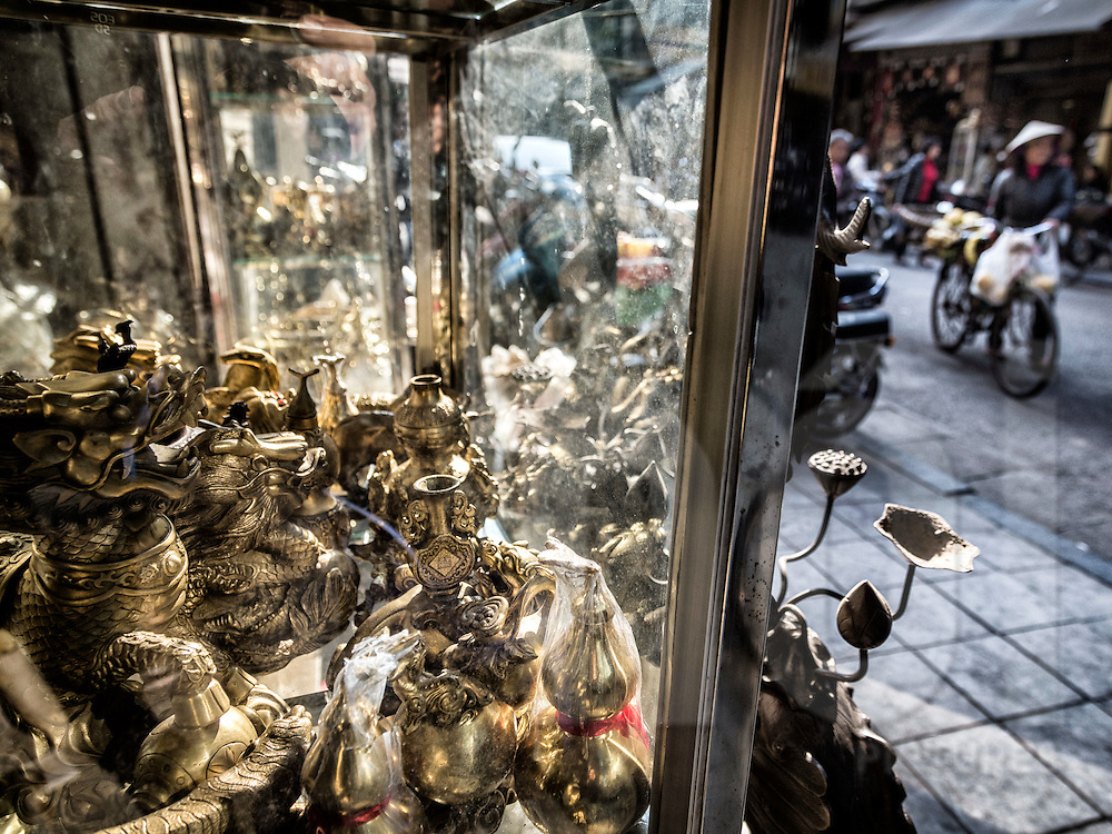 Copper shop along Hang Dong street known for copper products in Hanoi's Old Quarter, Vietnam, Southeast Asia