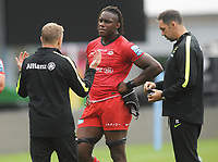 Rugby Union - 2019 / 2020 Gallagher Premiership - London Irish vs Saracens<br /> <br /> Saracens Director of Rugby Mark McCall talks with Maro Itoje after the match at the Stoop.<br /> <br /> COLORSPORT/ANDREW COWIE