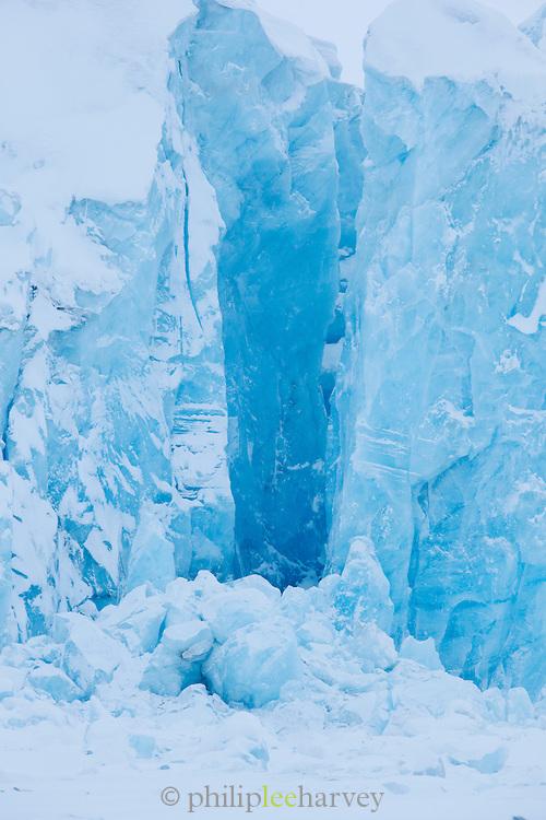 The Von Post Glacier in Spitsbergen. Spitsbergen is the largest island of the arctic archipelago Svalbard, of Norway