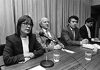 """Public Meeting on the theme """"Ireland after the Referendum, Church, State and the Republic"""" organised by the Dublin Central Constituency of the Labour Party, held in the ATGWU Head Office in Middle Abbey Street, Dublin, 15/10/1986 (Part of the Independent Newspapers Ireland/NLI Collection)."""