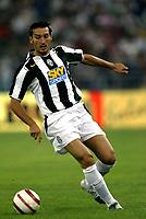 Bari 3/8/2004 Trofeo Birra Moretti - Juventus Inter Palermo. <br /> <br /> Gianluca Zambrotta Juventus<br /> <br /> Risultati / results (gare da 45 min. each game 45 min.) <br /> <br /> Juventus - Inter 1-0 Palermo - Inter 2-1 Juventus b. Palermo dopo/after shoot out <br /> <br /> Photo Andrea Staccioli