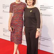 NLD/Amsterdam/20150410 - Première balletvoorstelling La Dame aux Camélias Het Nationale Ballet, Anna Drijver en haar moeder Mieke Bosse