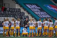 AMSTELVEEN - teamoverleg olv Coach Raoul Ehren (DenBosch)  tijdens de halve finale wedstrijd dames EURO HOCKEY LEAGUE (EHL),  Amsterdam-HC Den Bosch. (1-1) Den Bosch wint shoot outs en plaats zich voor de finale.  COPYRIGHT  KOEN SUYK