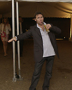 Matt collinshaw. Serpentine Gallery Summer party in a glass and steel pavilion designed by Toyo Ito and Arup. . tuesday 9 July 2002. © Copyright Photograph by Dafydd Jones 66 Stockwell Park Rd. London SW9 0DA Tel 020 7733 0108 www.dafjones.com