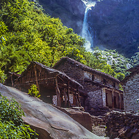 Hindu village of Ruptse Chhara, Nepal