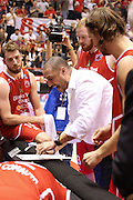 DESCRIZIONE : Campionato 2015/16 Giorgio Tesi Group Pistoia - Sidigas Avellino<br /> GIOCATORE : Esposito Vincenzo<br /> CATEGORIA : Coach Allenatore Time Out<br /> SQUADRA : Giorgio Tesi Group Pistoia<br /> EVENTO : LegaBasket Serie A Beko 2015/2016<br /> GARA : Giorgio Tesi Group Pistoia - Sidigas Avellino<br /> DATA : 25/10/2015<br /> SPORT : Pallacanestro <br /> AUTORE : Agenzia Ciamillo-Castoria/S.D'Errico<br /> Galleria : LegaBasket Serie A Beko 2015/2016<br /> Fotonotizia : Campionato 2015/16 Giorgio Tesi Group Pistoia - Sidigas Avellino<br /> Predefinita :