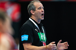 Coach Henk Groener of Germany during the Women's EHF Euro 2020 match between /Germany and Poland at Sydbank Arena on december 07, 2020 in Kolding, Denmark (Photo by RHF Agency/Ronald Hoogendoorn)