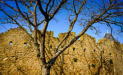 Early morning spring sunshine glances across the walls of the Château Comtal  within the medieval  Cité de Carcassonne, France<br /> <br /> (c) Andrew Wilson | Edinburgh Elite media