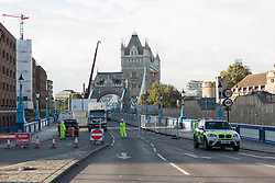 © Licensed to London News Pictures. 01/10/2016. LONDON, UK.  Tower Bridge closes to traffic today for three months for major renovations and repair. Pedestrians are still able to walk across the bridge. Photo credit: Vickie Flores/LNP