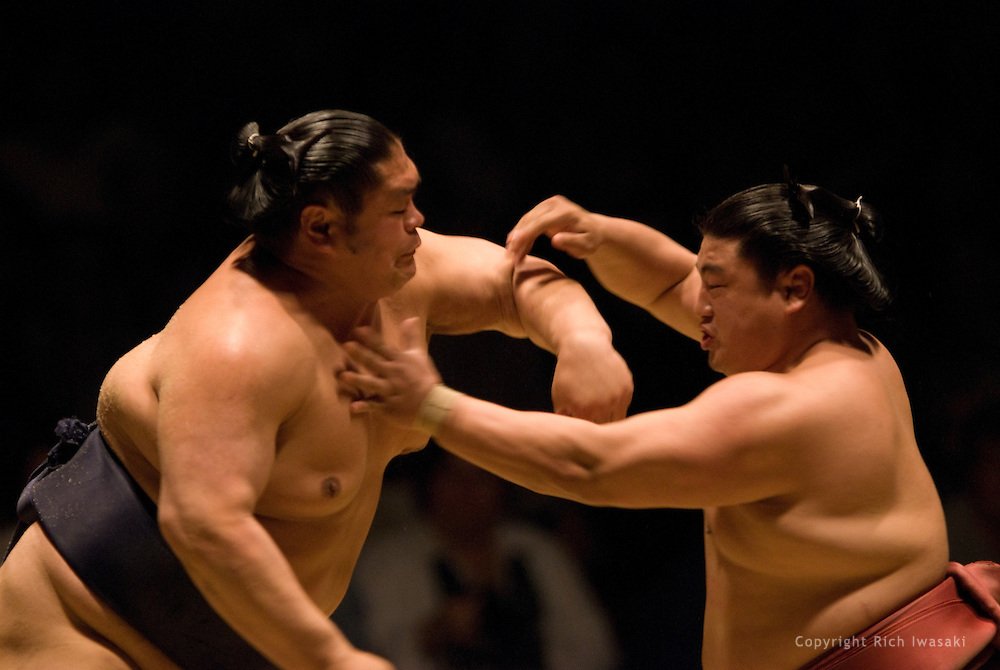 Tochinonada (left) and Yoshikaze compete in a re-match in the first round of Day 2 of Grand Sumo Tournament Los Angeles 2008, Los Angeles Sports Arena, Los Angeles, California
