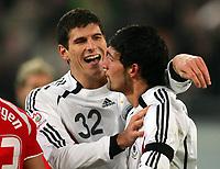 Fotball , 7. februar 2007 , Tyskland - Sveits<br /> Jubel Mario Gomez, Torschuetze Kevin Kuranyi Deutschland<br /> Norway only
