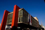 Sao Paulo_SP, Brasil...Fachada do MASP (Museu de Arte do Estado de Sao Paulo) localizado na Avenida Paulista...The MASP facade (Sao Paulo Museum of Art) located in Paulista Avenue...Foto: MARCUS DESIMONI / NITRO