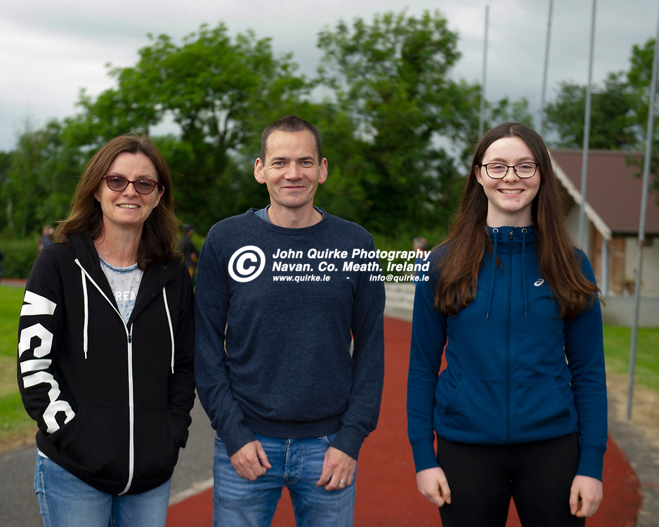 02-07-21. Bohermeen Athletic Club Presentation to Kevin McGrath and Karen Dunne.<br /> L to R: Martina Miskelly, Stephen Fay and Beth Miskelly.<br /> Photo: John Quirke / www.quirke.ie<br /> ©John Quirke Photography, 16 Proudstown Road, Navan. Co. Meath. (info@quirke.ie / 046-9028461 / 087-2579454).