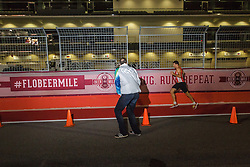 Beer Mile World Championships, Inaugural, Sub-Elite athlete gets encouragement from coach