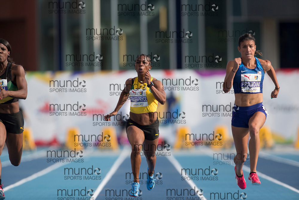 Toronto, ON -- 11 August 2018: Left to right Shelly-Ann Fraser-Pryce (Jamaica -- fifth), Jenna Prandini (USA -- Gold), 100m final at the 2018 North America, Central America, and Caribbean Athletics Association (NACAC) Track and Field Championships held at Varsity Stadium, Toronto, Canada. (Photo by Sean Burges / Mundo Sport Images).